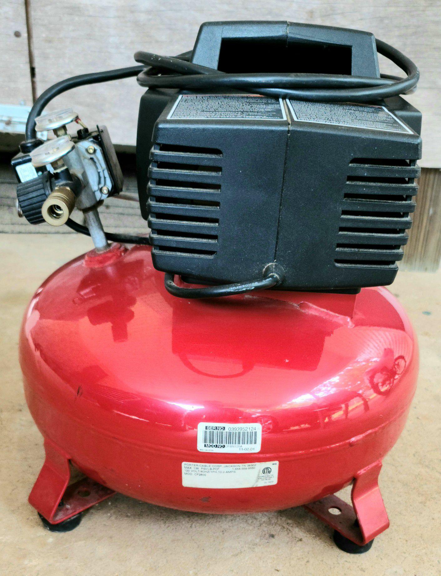 Porter-Cable CF 2600 Portable 6 Gallon Compressor
