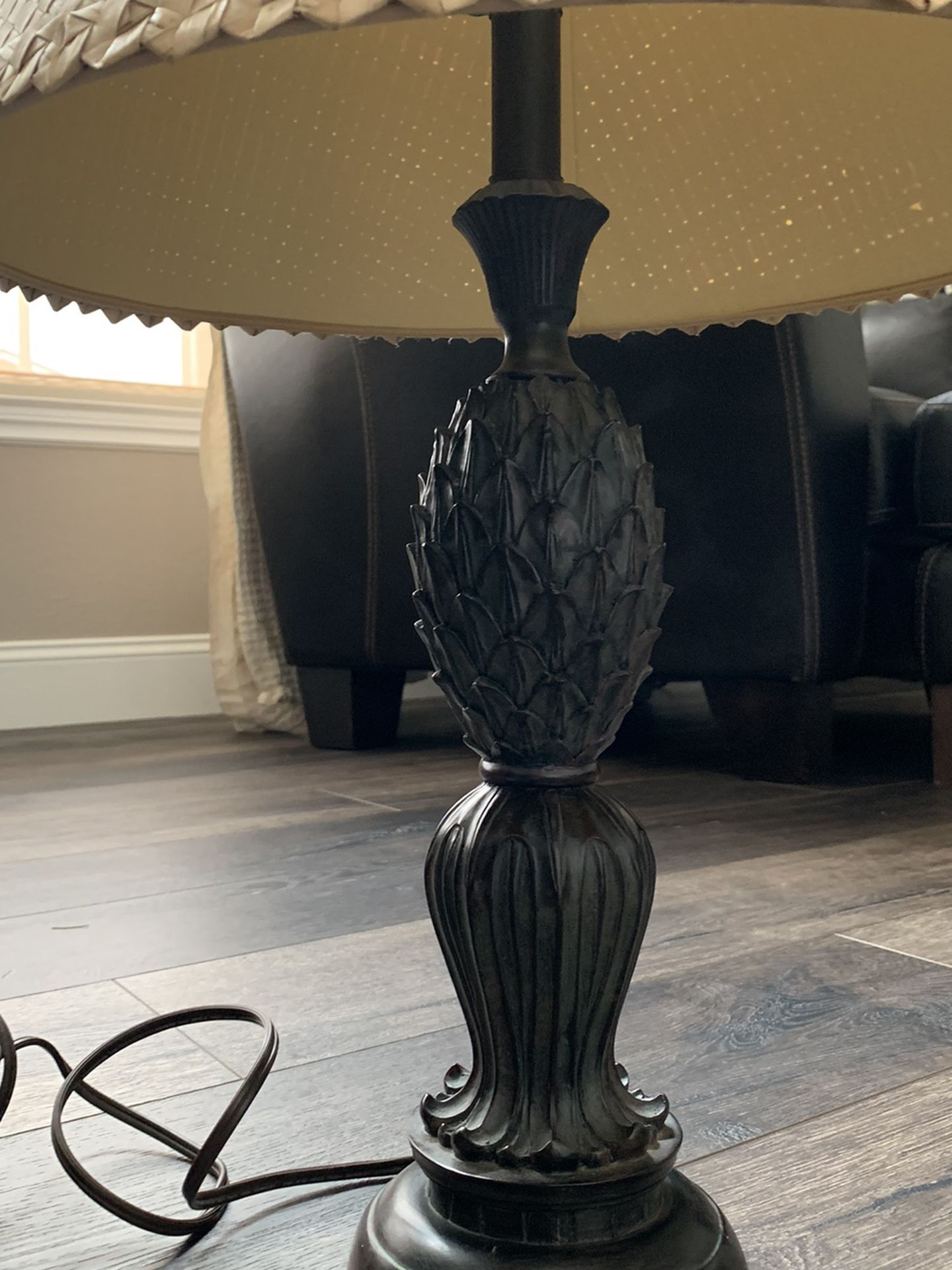 Lamp with Polynesian style shade and pineapple