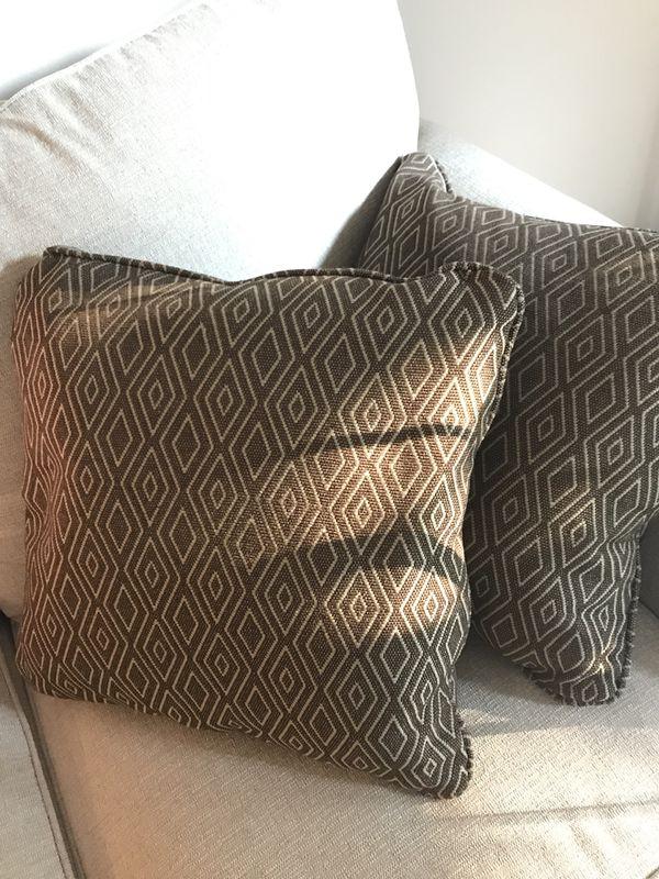 Ashley S Furniture Throw Pillows