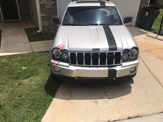 2006 Jeep Grand Cherokee Thumbnail