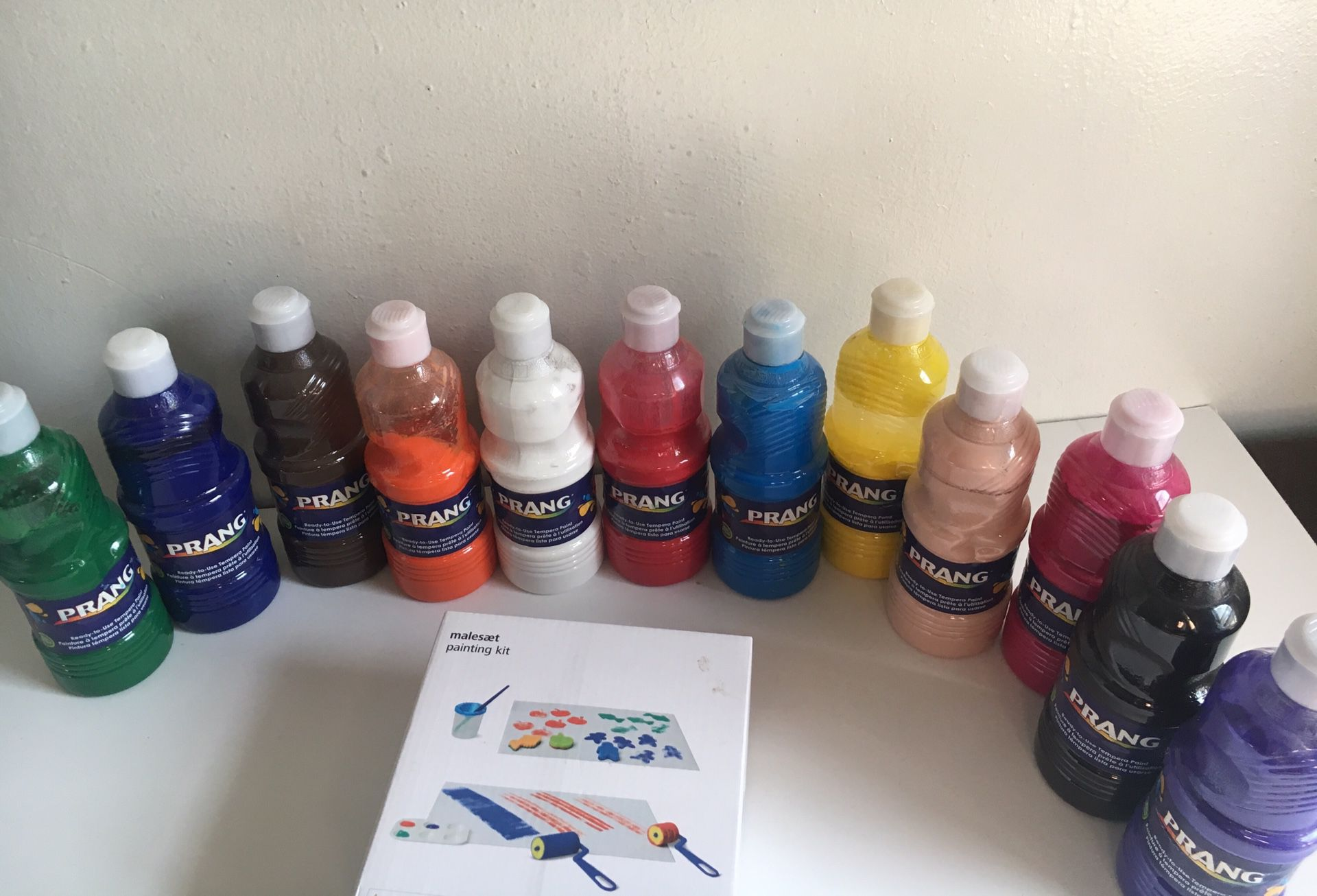 Prang non toxic paint and roller for toddlers/ kids