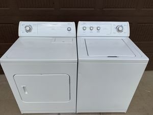 Photo Whirlpool Ultimate Care II Super Capacity Electric Washer/Dryer (can deliver)