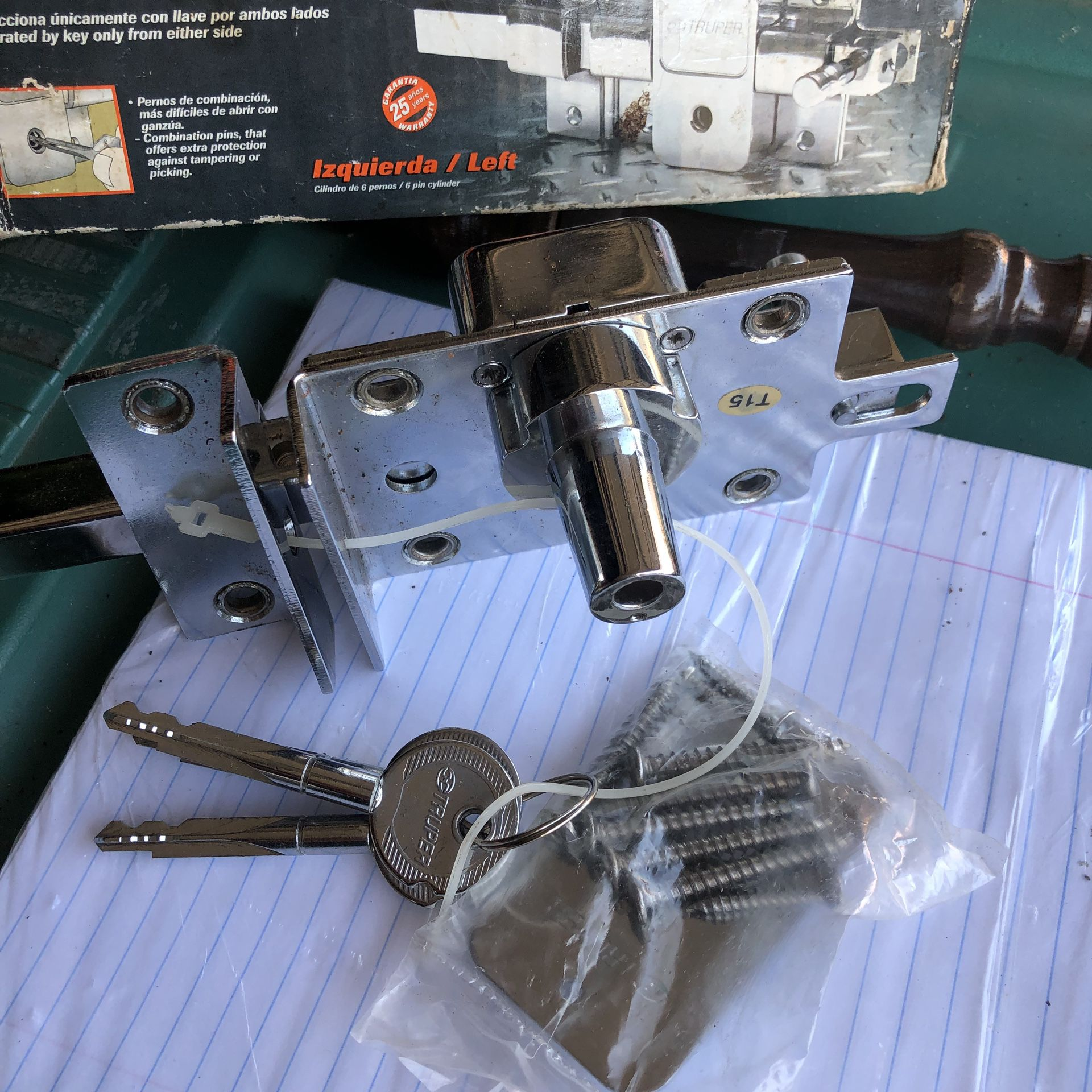 Key bolt left