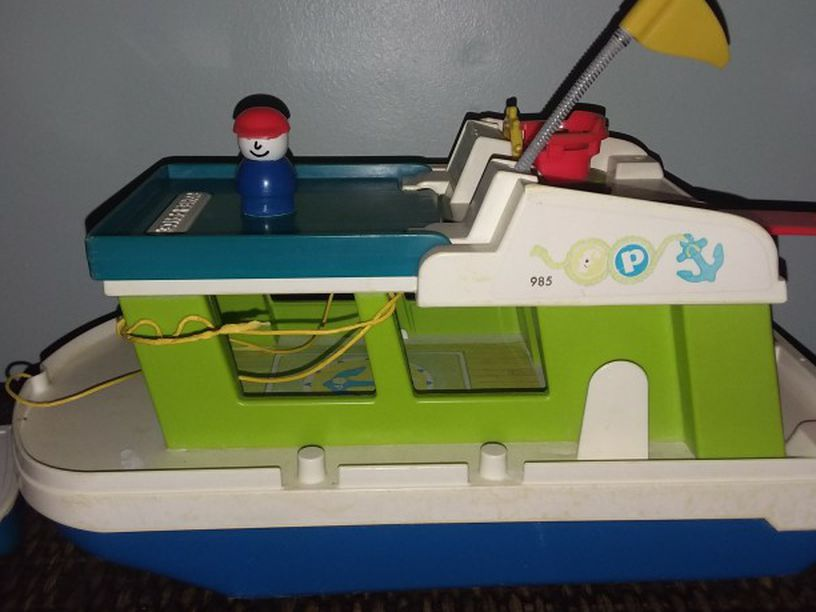 Photo Vintage Fisher Price Boat With Small Boat And Character