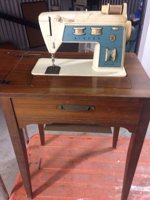 Vintage Singer Touch Sew Sewing Machine With Cabinet Model 756 Zig Zag For In Brooklyn Ny Offerup