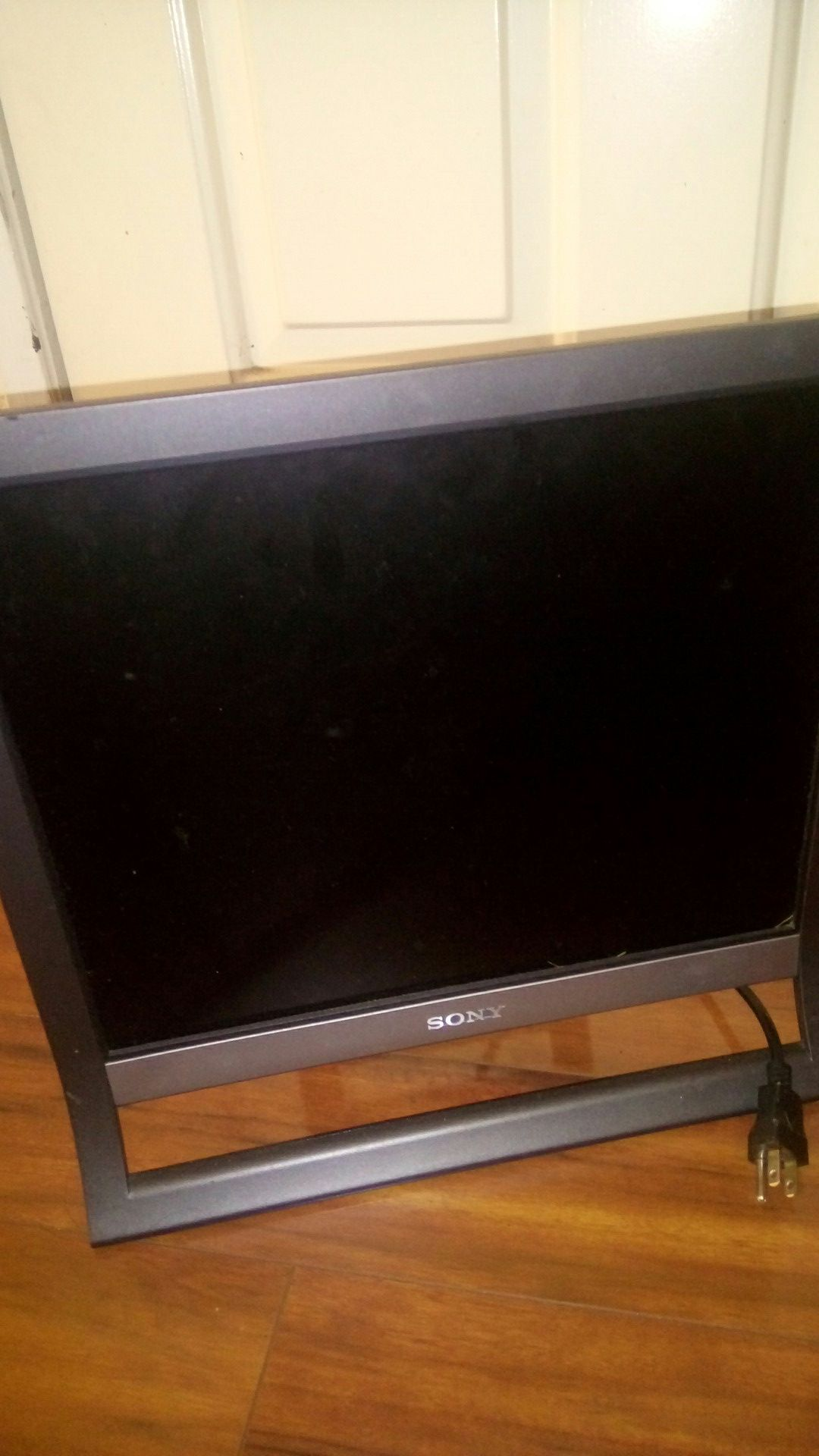 Sony 14 inch LCD monitor