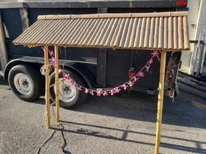 mini tiki hut for Sale in Sunrise, FL