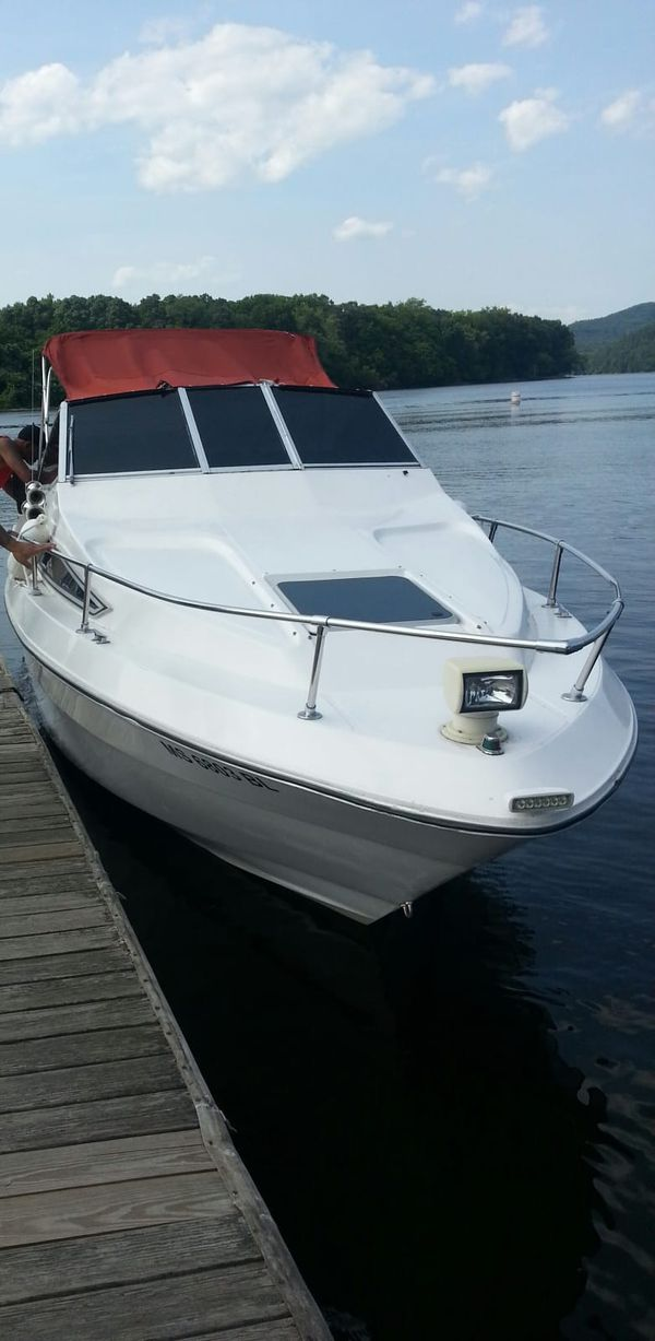 1988 sea ray perfect family boat nothing wrong with it comes with trailer also clean title no trades