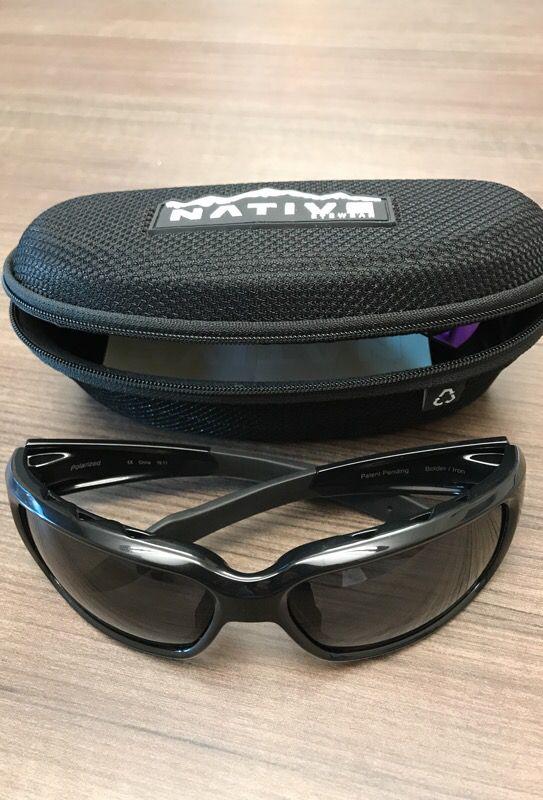 662b2bf4f7 Native Eyewear Men s Black Bolder Polarized Sunglasses for Sale in ...