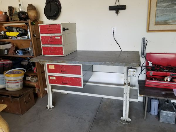 Pleasing Industrial Work Bench With Power For Sale In Surprise Az Offerup Frankydiablos Diy Chair Ideas Frankydiabloscom