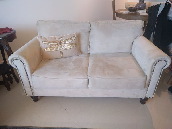 Tremendous Pier 1 Import 2 Seats Sofa For Sale In Miami Fl Offerup Caraccident5 Cool Chair Designs And Ideas Caraccident5Info
