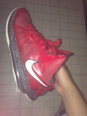 Lebron 8 v2 for Sale in Chantilly, VA