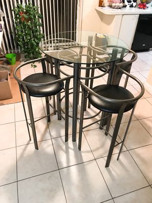 High bar table 4 bar stools for Sale in Miami, FL