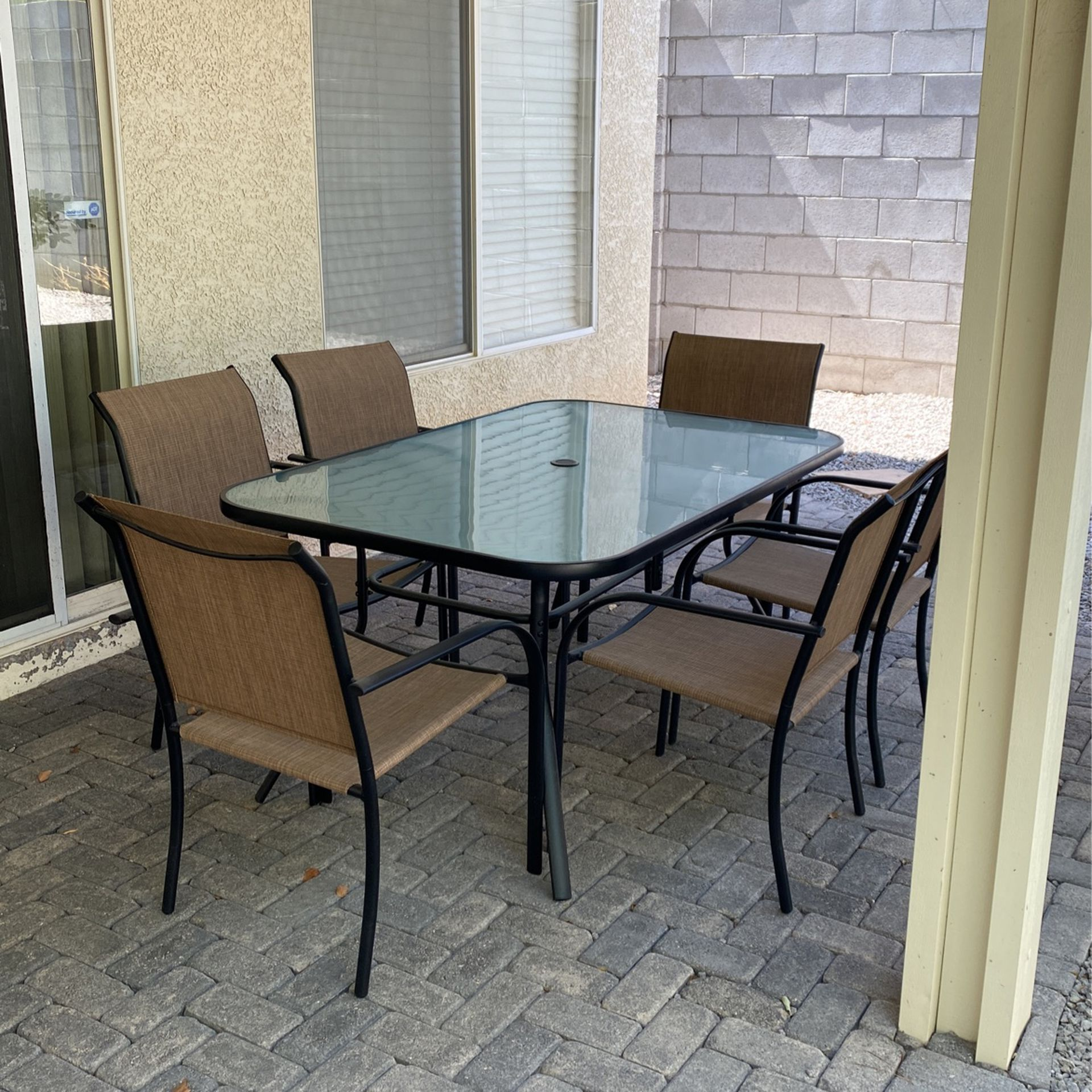 7 Pc. Outdoor Dining Table- $200 OBO