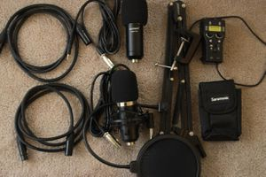 Podcast equipment. Neewer microphones (2) saramonic smart rig (1) cables for Sale in Harrisburg, PA