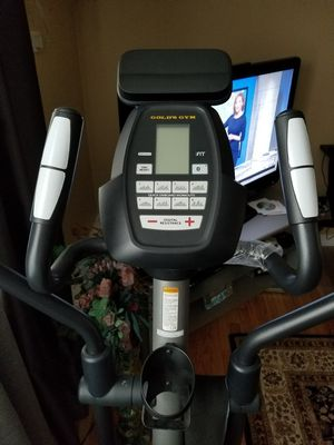 Elliptical exercise machine . for Sale in Chicago, IL