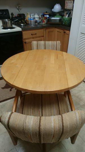 Foldable Wood Table and 2 chairs for Sale in Sunrise, FL