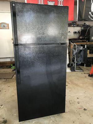 Black GE refrigerator/ Freezer combo for Sale in Dumfries, VA