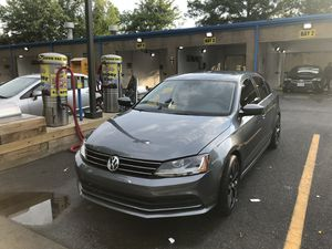 vw jetta 2017 1.4 turbo v4 6800 mileage excellent condition title exsalvage or rebuild repair from minor accident manual transmission for Sale in Rockville, MD