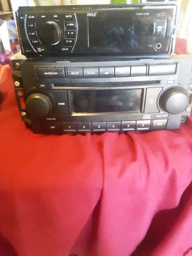 2 CD Players for a car, Both Work Perfect