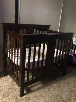 Mini crib Thumbnail