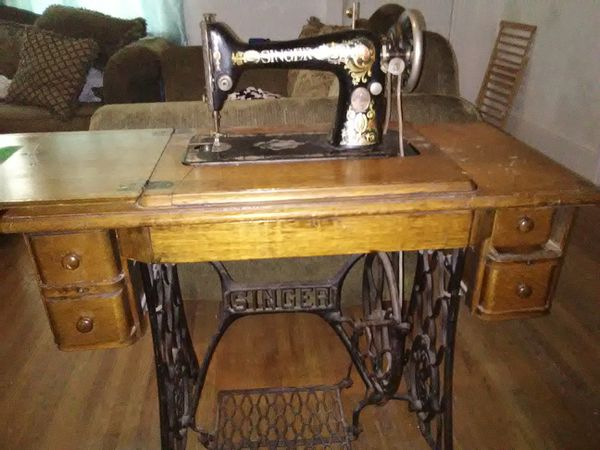 40 Antique Sewing Machines 40 Antiques In Tulsa OK OfferUp Extraordinary Sewing Machines Of Tulsa
