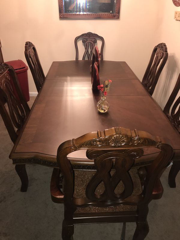 North Shore Dining Room Set Louisville KY