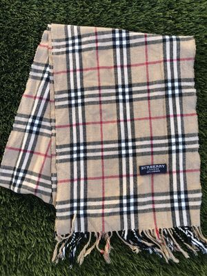 Burberry Scarf Nova Check Finged Beige Classic for Sale in San Diego, CA