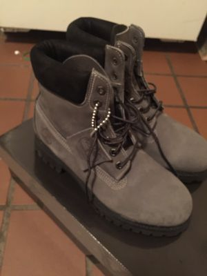 Timberland size 9 for Sale in Boston, MA