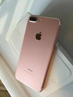 IPhone 7 Plus , ( 256 GB ) UNLOCKED . Excellent Condition ( as like New) for Sale in Springfield, VA