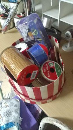 Box full of ribbon Thumbnail