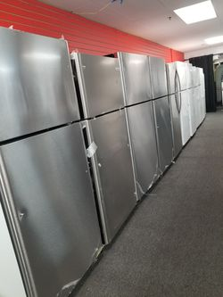 """Frigidaire 30""""wide new scartch and dent top and bottom stainless steel refrigerators 6months warranty Thumbnail"""