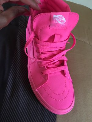 Vans pink size 6y for Sale in Pittsburgh, PA