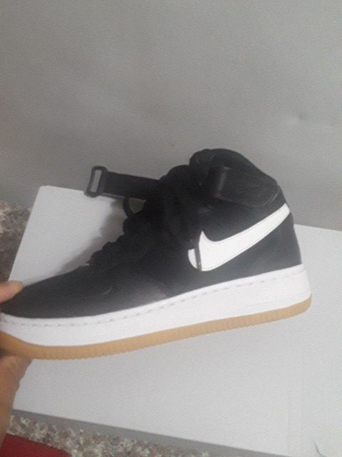 ec1f4f11c Nike air force 1. Size 4.5 Y for Sale in Dallas, TX - OfferUp
