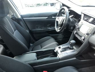 2020 Honda Civic Thumbnail
