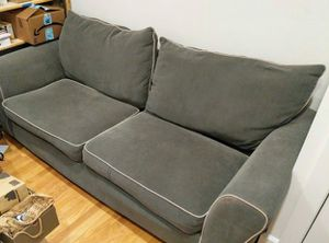 Photo Olive green loveseat