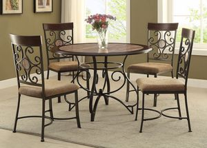 Brand new round dining table with 4 chairs for Sale in Hyattsville, MD