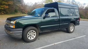 2005 Chevy Silverado 4x4 Great Work Truck 4.8 Liter Automatic Utility Cap Clean Title Good Engine Good Transmission Clean Undercarriage for Sale in Greenbelt, MD