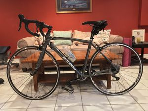 Raleigh Revenio 2.0 Women's Road Bike for Sale in Forest, VA