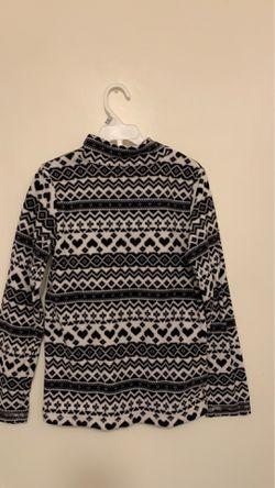 Sweater size 10/12 Thumbnail