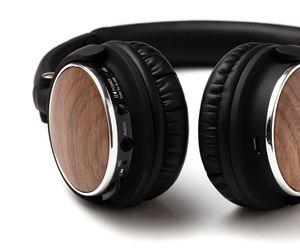 Wireless Headphones w/Genuine Walnut Wood for Sale in Fort Belvoir, VA