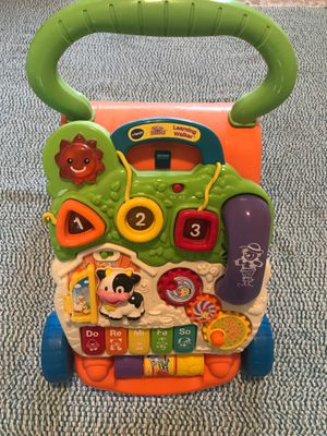 Photo VTech Sit-to-Stand Learning Walker (Frustration Free Packaging)
