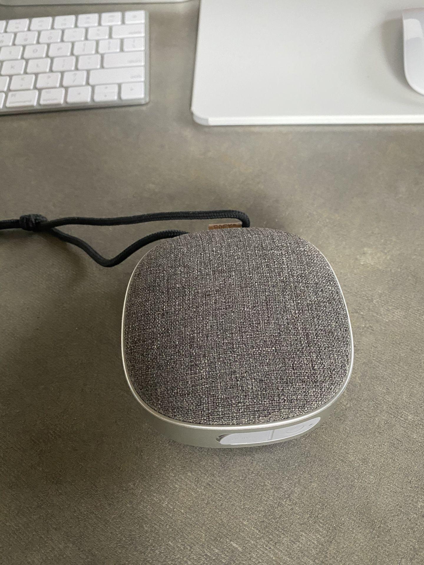 SACit WOOFit Go Bluetooth Speaker