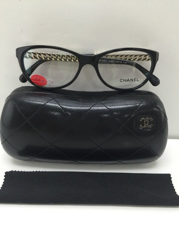 43b8519b2a Generally used Chanel 3301 c.622 black plastic gold chain Eyeglasses 54mm  for Sale in Alhambra