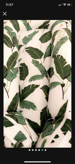 Dockatot - Banana Leaf Palm Delux Plus Thumbnail