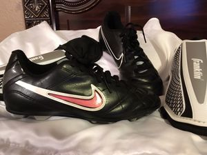 Nike Soccer Cleats and shin guards for Sale in Dallas, TX