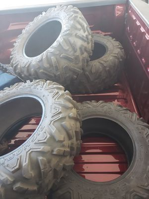 Photo Semi new Can Am X3 original tires