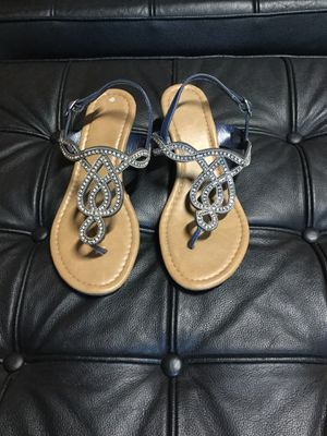 Like New sandals size 7 w for Sale in San Jose, CA