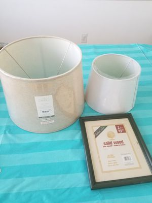 lamp shades and picture frame for Sale in Atlanta, GA