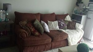 Couch free very good condition for Sale in Odenton, MD